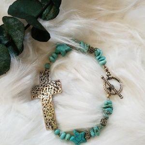 Jewelry - CRACKLE STONE TURQUOISE BRACELET